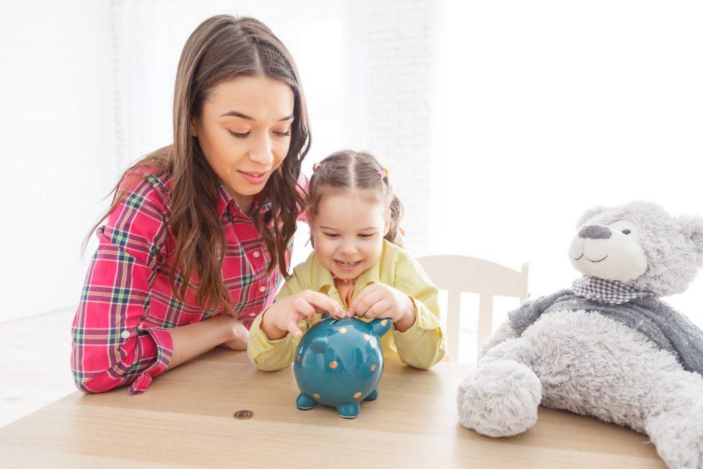 skarbonka i gromadzenie oszczędności